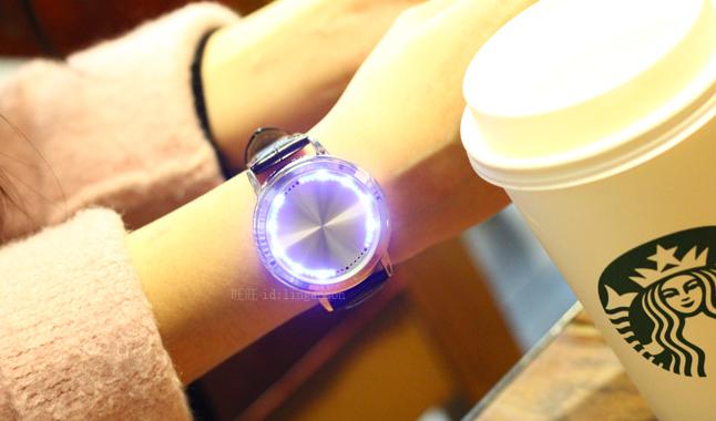 LED腕時計(タッチパネル式)