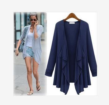 欧米の流行り新作の風格のカジュアルコーデーの流行の前開きの服のシャツ