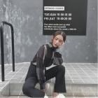 気質やせ縦缟シャツ白黒ぶつかる色シフォン