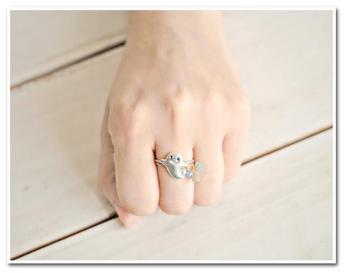 可愛い幽霊&宝石のリング