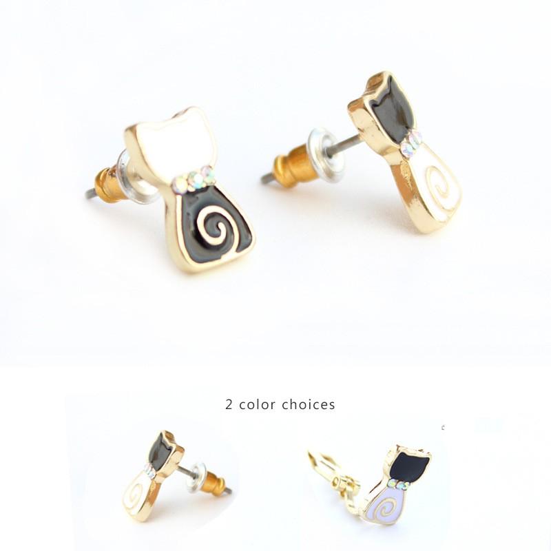 白黒ネコイヤリング/ピアス  2個セット