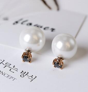 ピアス/イヤリング パールモチーフ 宝石付き 2way使える 3色