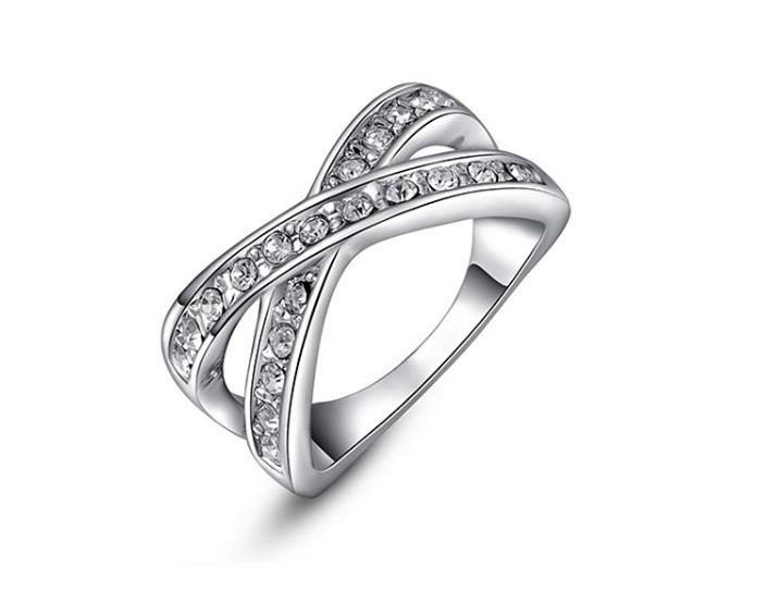 指輪/リング クリスタルとダイアモンドモチーフ 白金
