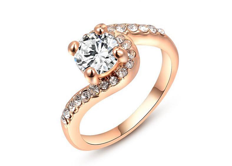 クリスタル指輪/リング ハグモチーフ ローズゴールド