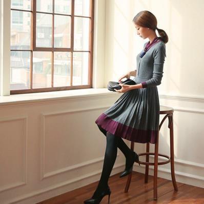 長袖   編み織   ワンピース    復古します   プリーツ    スリム