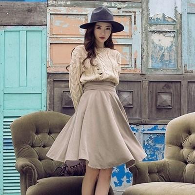 韓国スタイル   秋季   ラウンドネック   長袖    毛糸のセーター     復古します   スカート    スーツ        ワンピース