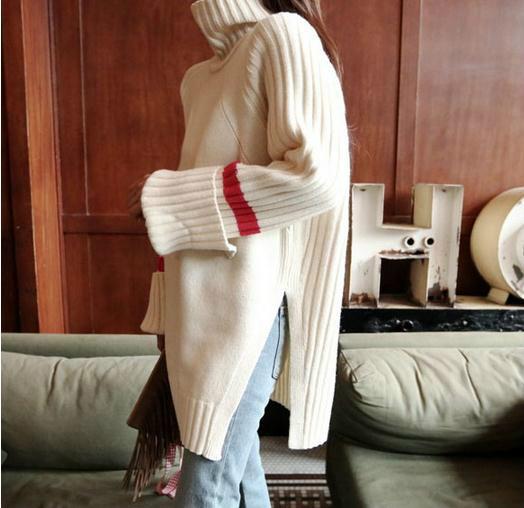 タートルネックの超厚のゆったりタイプの長袖のプルオーバーのロング丈の毛糸のセーター