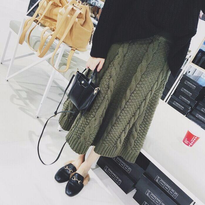 韓国ファッション レディース♪ローゲージニットロングスカート♪大人女子サーキュラースカート エレガント 無地ハイウエストスカート 通勤 オーバーサイズ