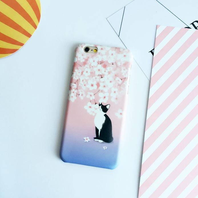 【iphone用保護ケース】   かわいいネコ&桜カバー 磨き砂面