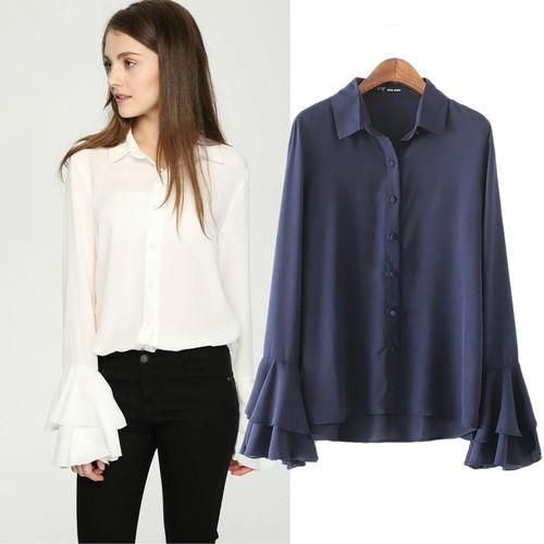 2017春デザインのラッパの袖の長袖のシフォンスリーブのワイシャツ