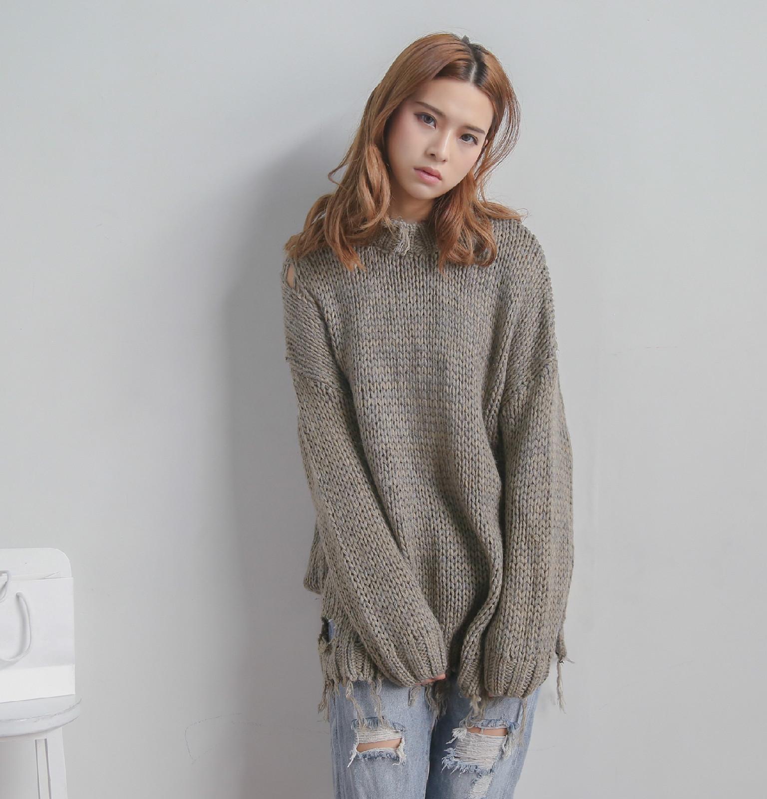 2017春服のヴィンテージ加工のゆったりする穴はおじけづきます辺のニットの基礎を作る毛糸のセーター