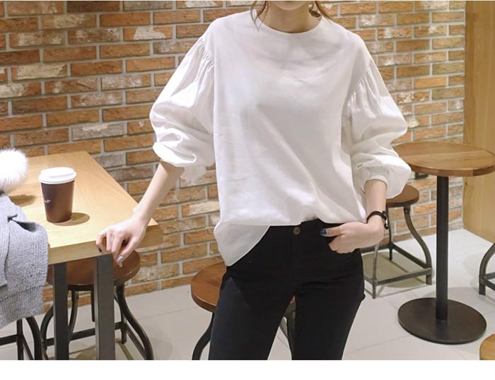 ラウンドネックのパフスリーブのパフスリーブのゆったりするワイシャツ